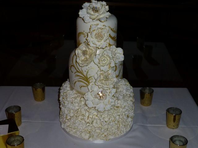 Gold Elegant Cake