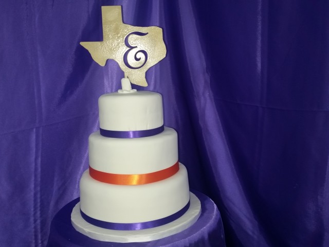 Texas Wedding Cake